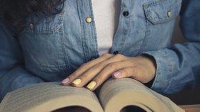 Prožijte podzimní plískanice s dobrou knihou! Toto jsou novinky, které by vám neměly uniknout