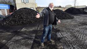 "Uhlí v Praze už ""nefrčí"". Zdeněk (66) uvažuje, že sklad v Braníku zavře"