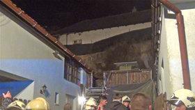 V Praze-Kolovratech hrozil sesuv půdy: Hasiči evakuovali rodinný dům