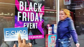 """Češi se """"chytili"""" na Black Friday. V e-shopech utratili přes čtyři miliardy"""