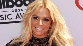 Britney Spearsová se nechala zavřít do blázince! Fanouškům to vysvětlila po svém