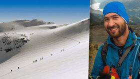 Zkušený snowboardista Matěj (†27) se udusil v hlubokém prašanu: Přátelé pořádají sbírku, aby jeho tělo mohlo domů