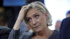 Europoslanci sebrali Le Penové imunitu. Kvůli islámu a pomluvě