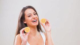 10 triků, jak v lékárničce použít citron: Na stařecké skvrny i bolest hlavy