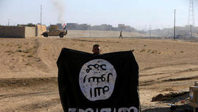 ISIS plánoval další útok? Muž si chystal kalašnikovy pod jejich vlajkou