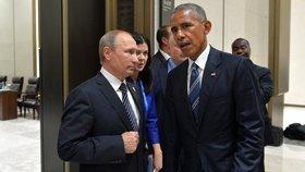 Za hackerské útoky se USA Rusům pomstí, slibuje Obama. Trump je popírá
