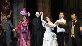Ovace pro posledního Fantoma: 15 minut a vestoje!