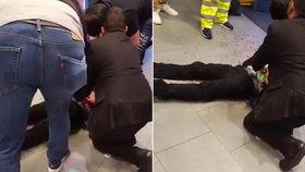 Výprodejový horor: Během nákupního běsnění pobodali chlapce!