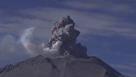 Na Aljašce bouchla sopka: Letecké společnosti mají pohotovost kvůli popelu