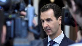 """""""Můžeme jednat o čemkoliv,"""" hlásí Asad. Obvinění z válečných zločinů odmítá"""