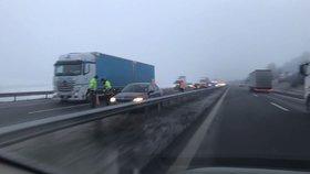 Teploty u –24 °C a těžká nehoda na D5: Mráz zůstane v Česku celý víkend