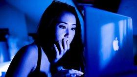 Čína přitvrdila s kontrolou internetu. Stopla služby na obcházení cenzury