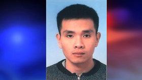 Takto vypadá muž (22), který přepadl hernu v Praze. Policie už zatkla jeho ženu
