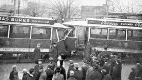 Vážná nehoda tramvají na Hradčanech: Stala se před více než 100 lety