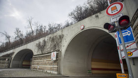 Omezení v pražských tunelech: Do půlky října uzavírají Mrázovku, znepřístupní i Blanku