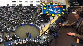 Těžká práce pro EU: Stovky tlumočníků makají, aby si europoslanci rozuměli