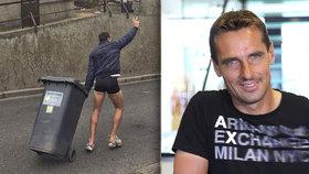Roman Šebrle bez kalhot na ulici! Polonahého tátu fotil syn