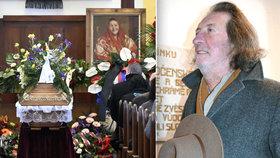 Pohřeb Jarmily Šulákové: Bolek Polívka přijel pozdě, loučil se i Zeman