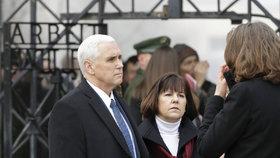 Viceprezident USA v bývalém koncentračním táboře: Pence přijel do Dachau