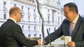 """Sobotka """"zařízl"""" Mládka ve vládě kvůli mobilům. Nahradí ho přítel premiéra?"""