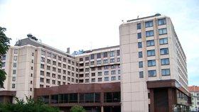 Pražský hotel Diplomat a další budovy koupili Thajci. Utratili pět miliard