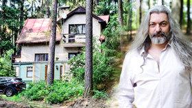 Poustevník Daniel Hůlka odhalil své plány: Postaví si srub za 2,5 milionu