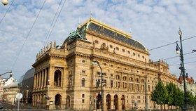 """Sloučením Národního divadla a opery se moc neušetřilo. """"Rostly platy,"""" hájí se ředitel"""