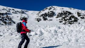 Krkonoše zasypal nový sníh. Pozor na laviny, varuje horská služba