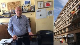 """Bývalý starosta Prahy 1 Lomecký skončil kvůli rozpočtu v politice: """"Je to marné počínání"""""""