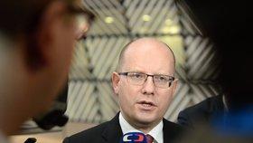 Sobotka se raduje. Brusel konečně řeší horší jídlo pro Čechy než pro Němce