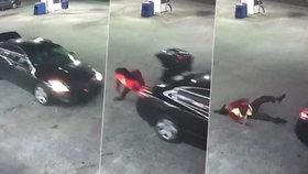 Žena činu! Unesená oběť vyskočila za jízdy z kufru auta