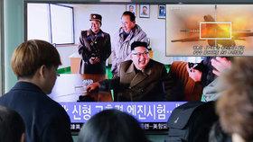 Severní Korea zveřejnila nové video: Ničí na něm americké bombardéry