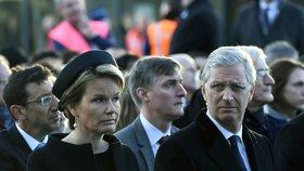 Královský pár uctil oběti teroru. Brusel ho připomínal tichem i hlukem