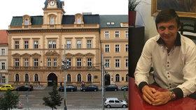 Blafování starosty Prahy 5: Rozeslal zastupitelům »lživý« dopis, aby si zachránil krk