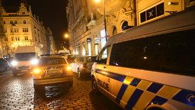 Soud se zloději, kteří z klenotnictví v Praze ukradli 29 hodinek: Mozek celé operace dostal 10,5 roku vězení
