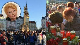 Pohřeb Věry Špinarové: Výhrůžka, ochranka a umělec na černé listině