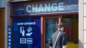 Korunu čeká velký skok. Jak se na něj chystají směnárny v centru Prahy?