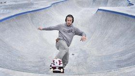 Češi propadli skateboardům: Města budují parky jako o závod, platí je z dotací
