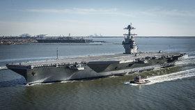 Nejdražší válečná loď vyrazila na moře. Američany stála 325 miliard
