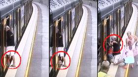 Děsivé video z metra: Dítě propadlo mezerou u nástupiště pod vagón