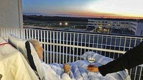 Cigareta, víno a západ slunce: Nemocnice splnila umírajícímu poslední přání