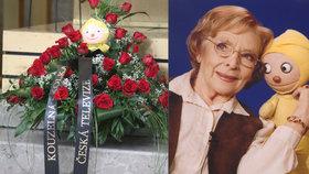 Pohřeb babičky z Kouzelné školky Havelkové (†92): Rakev s loutkou Františka rozplakala syna!