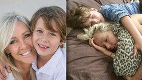 Srdceryvné foto: Chlapeček (8) objímá svou vážně nemocnou maminku, s rakovinou bojuje už tři roky