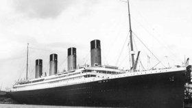 105 let od potopení Titanicu: V Číně staví jeho kopii, komu se to nelíbí?