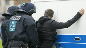 Razie proti radikálům: Německo prověřuje pravicové teroristy, měli plánovat útok
