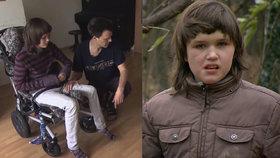 Adélka (13) útočí a ničí věci. Rodičům těžce autistických dětí stát nepomůže