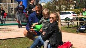 Krize u Ochotské a Rosola zažehnána? Míša se synem fandí na tenise!