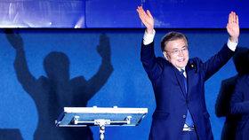 Jižní Korea má po zkorumpované prezidentce nového lídra. Bude milejší na KLDR