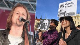 """Demonstrant Klus se """"navezl"""" do Zemana a Babiše: Jsou štvaví a sebestřední"""