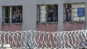 České věznice praskají ve švech. Bude to ještě horší, přiznává ministerstvo